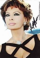 Sofia Loren-proof that you can age gracefully and still be stunning Classic Beauty, Timeless Beauty, True Beauty, Timeless Elegance, Carlo Ponti, Brigitte Bardot, Loren Sofia, Sophia Loren Images, World Most Beautiful Woman
