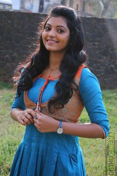 Tag : Athulya Ravi, Kadhal Kan Kattuthe Actress, KKK Heroin, Kollywood New Actress, Athulya HD Wallapper, Dubshmash Pictures, With Hero, Night Selfie, Photo Shoot Stills, HD Wallpaper, darling Images, sweet Photos, beautiful Gallery, pretty Actress, good-looking  Stills, stunning Photos. Photograph of  Athulya Ravi BUY GROCERY ONLINE | DAILY NEEDS SUPERMARKET - JIOMART PHOTO GALLERY  | JIOMART.COM  #EDUCRATSWEB 2020-05-23 jiomart.com https://www.jiomart.com/images/cms/aw_rbslider/slides/1590177884_491551662.jpg