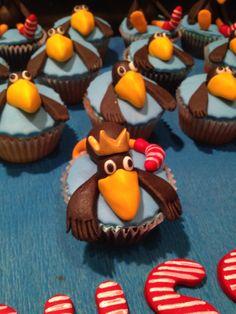 The little sock raven cupcakes :) German cartoon character (der kleine rabe socke)