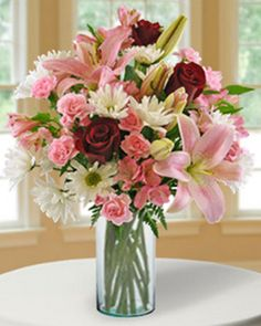 Enter to win the Blooms Today Sweet Sentiments arrangement! http://l.inkto.it/53urf