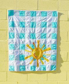 Favorite Crinkled & Frayed Sunshine Gingham Quilt – Riley Blake Designs