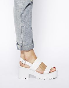 River Island | River Island White Fare Chunky Low Heeled Sandals at ASOS
