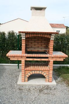 Portuguese Brick BBQ piece for your. Outdoor Bbq Kitchen, Outdoor Barbeque, Outdoor Kitchen Design, Garden Bbq Ideas, Outdoor Garden Sheds, Barbeque Design, Bbq Chimney, Brick Grill, Stone Bbq