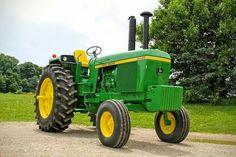 Simplicity is Happiness Old John Deere Tractors, Jd Tractors, Tractors For Sale, Antique Tractors, Vintage Tractors, Tractor Pictures, Pictures Of America, Tractor Implements, John Deere Equipment