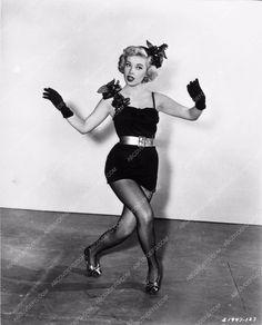 photo Gloria DeHaven dance rehearsel 2176-28