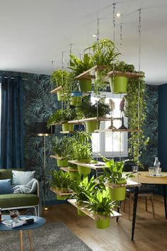Terrific Free indoor garden lighting Tips You've gotten a person's gorgeous backyard garden light prepared: probably you have stored high on post of fai. Tables ideas repurposed Terrific Free indoor garden lighting Tips Decor Room, Living Room Decor, Room Decorations, Living Room With Plants, Living Rooms, Plants In Bedroom, Garden Bedroom, Office With Plants, Plant Rooms