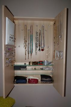 Thank Godmorgon all my jewelry fits! ~ Get Home Decorating