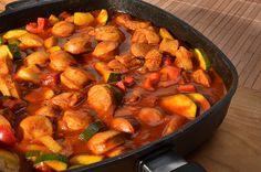 Currywurstgulasch mit Gemüse