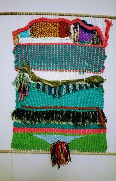 Marioly cruz Sanhueza creadora de este Telar de 50 x 40 cm