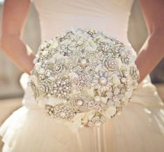 Would you #Bejewel your #bridal #bouquet? Would you #Bejewel your #bridal #bouquet?