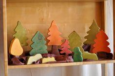 autumn nature table. It needs some cute little felt forest friends.