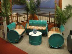 kreative wohnideen mobiliar wiederverwendete materialien fässer möbel