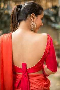 Buy House Of Blouse Pinkish red Ikat raw silk blouse with frills on sleeves online in India at best price. They bring you this stunning beauty. Working the charm of Ikat Blouse Back Neck Designs, Blouse Designs Silk, Designer Blouse Patterns, House Of Blouse, Saree Backless, Stylish Blouse Design, Sexy Blouse, Frill Blouse, Indian Beauty Saree