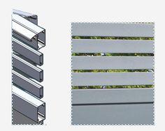 Twinslide : coulissant à 2 vantaux - Portaleco Wooden Main Door Design, Main Gate Design, Front Door Design, Sliding Fence Gate, Electric Sliding Gates, Plot Beton, Automatic Gate, Concrete Lamp, Wooden Doors