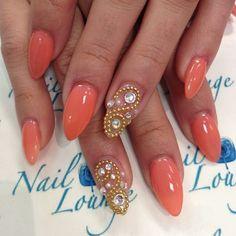 Pointy nails by @oleidys_naillounge #nailideas#nailfashion#nailartist#swarosvki#cristal#spring#essiecolor#nailsalon#naillounge #Padgram