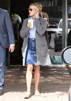 Fashion Pics, Autumn Fashion, Reese Witherspoon Style, Reese Whiterspoon, Dress Skirt, Shirt Dress, Casual Weekend, Sporty Style, Type 1