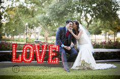 LOVE these letters that dad made for the bride.  Christine Meeker Pictures | Kelli   Brent.  House Plantation Wedding