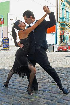 Tango en la calle en La Boca, Buenos Aires, Argentina.