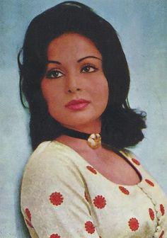 Retro Bollywood Bollywood Photos, Indian Bollywood, Bollywood Stars, Indian Film Actress, Old Actress, Indian Actresses, Anushka Photos, Beautiful Christina, National Film Awards
