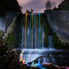 Neon Luminance ‹ From The Lenz