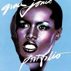 Found La Vie En Rose by Grace Jones with Shazam, have a listen: http://www.shazam.com/discover/track/276292