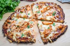 Healthy Summer Recipes-BBQ Chicken Pizza with a Cauliflower Crust! I promise you, it's delicious.