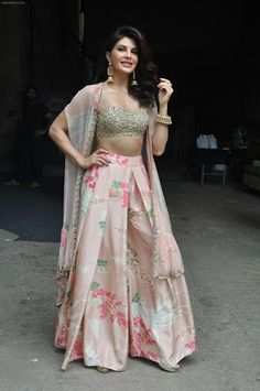 Two piece Indian outfit - Skirt - Embroidered blouse Lehenga Designs, Indian Attire, Indian Wear, Indian Dresses, Indian Outfits, Cullotes, Indian Designer Suits, Bollywood Fashion, Bollywood Outfits
