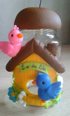 Lindos trabajos ❤ Diy And Crafts, Crafts For Kids, Clay Fairy House, Clay Jar, Clay Fairies, Clay Design, Decorated Jars, Bottle Painting, Clay Flowers