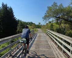 A pleasent and scenic bicycle ride on this 19 km of well maintained rail trail. Read the review with photos and maps to plan your trip. Bike Path, Bike Trails, Train Rides, Plan Your Trip, Travel Around, Mountain Biking, Ontario, Maps, Bicycle