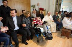 Pape François - Pope Francis - Papa Francesco - Papa Francisco : visite à l'Arche de Jean Vanier
