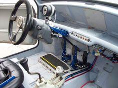 Mini clásico con 395 CV y tracción total Mini Cooper Classic, Mini Cooper S, Tuning Mini Cooper, Mini Cooper Custom, Classic Mini, Car Interior Design, Truck Interior, Drift Kart, 1948 Ford Truck