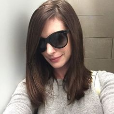 Anne Hathaway Returns to Her Roots With a Dark Brown Dye Job