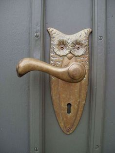 Tree wood longed for doorTree wood longed for Unique Door Knockers Images - Vintage TopopydoorknockerNice door (Open Air Museum Detmold)beautiful door (Open Air Museum Detmold) by Ms. Door Knockers Unique, Door Knobs And Knockers, Knobs And Handles, Door Handles, Owl Door, Antique Door Knobs, Unique Doors, Door Accessories, Door Furniture