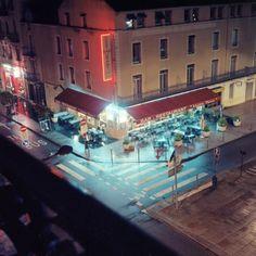 Maitre Pierre Restaurant, Night
