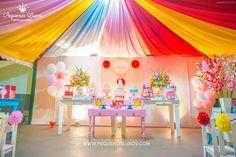 Decoração para aniversário infantil de 1 ano no tema Circo. Festa de menina!