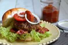 Hamburger met ajvar - superburgers | missFromage