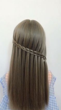 30 Latest Hairstyles For Girls With Long Hair 2019 easyhairstyles hairstyleswomen christmashairstyles hairstylesdiy prettyhairstyles coolhairstyles hairstyles hairstyleslong longhairstyles Latest Hairstyle For Girl, Latest Hairstyles, Pretty Hairstyles, Braided Hairstyles, Celebrity Hairstyles, Hairstyles For Girls, Hairstyle For Long Hair, Hairstyles Videos, Teen Hairstyles