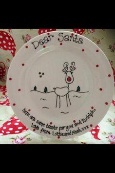 Reindeer Plate #christmas #ceramics & Sense and Simplicity: DIY Christmas plates made with dollar store ...