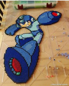 """594 Me gusta, 13 comentarios - Hashtag: #retro4everything  (@ig_retro4everything_) en Instagram: """"Custom #Megaman sprite I've been working on for someone  What do ya guys think?? Time to spray…"""""""