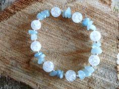 Mooie zomer armband lichte kleur. Aquamarijn werkt kalmerend, voor geest en lichaam. Bergkristal is als Goddelijke licht. Maakt vrolijk en ontspannen, geeft een heldere geest.
