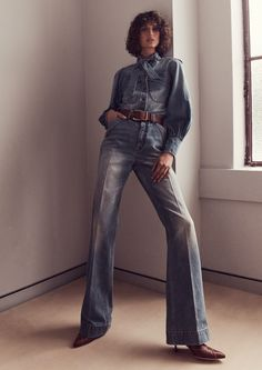 Wide Leather Belt, Leather Pants, Denim Fashion, Womens Fashion, Buy Jeans, Flare Jeans, Bell Bottom Jeans, Style Me, Fashion Photography