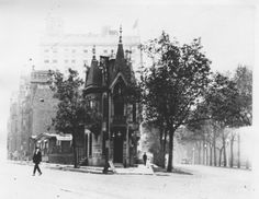 Corner of Clark and Lincoln Park West, 1899, Chicago.