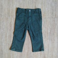 Genuine kids from oshkosh green.. size 18m,2y,3y,4y,5y.. harga 115ribu