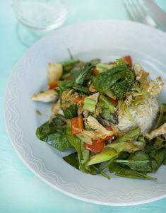 Lynstegt grønsagssauté med ris og kylling  fra Familie Journals Slankeklub