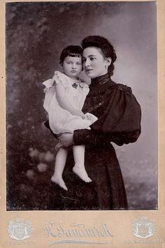 Marianne Landsberger and Antschi.