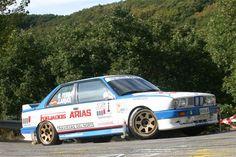 BMW M3  RALLYE DE LEÓN  #rallye #leonesp  El mitico BMW M3, potente y manjable donde los haya en manos de Bassas era imbatible y espectacular, como en las manos de Arias, que por cierto el BMW  de Arias es un ex-Bassas.  Y por supuesto precioso, bueno a mí me gusta mucho este coche.