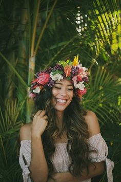 Flower crown // Haku by Ocean Dreamer - Anna Kim Photography Photography Poses, Landscape Photography, Photography Flowers, Ocean Photography, Hawaiian Flower Crown, Flower Crowns, Tahiti, Hawaii Pictures, Book 15 Anos