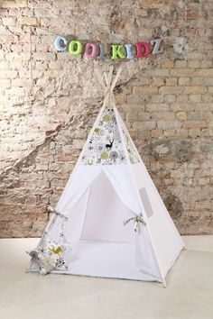 BLACK FRIDAY  OFFER -15% Childrens teepee, playtent, tipi, zelt, wigwam, kids teepee, tent, play teepee, wigwam with mat