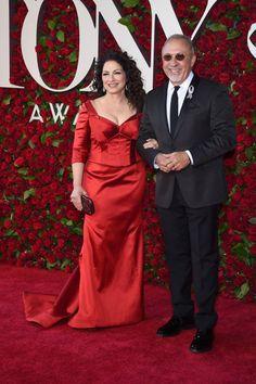 Best Red Carpet Looks From Tony Awards 2016 - Celebrity Tonys Dresses