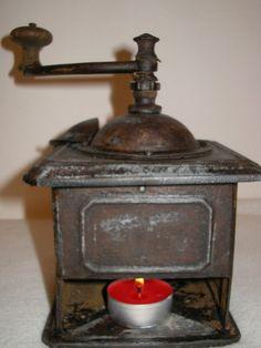 Vintage metal  grinder by IndyIndira on Etsy, $40.00